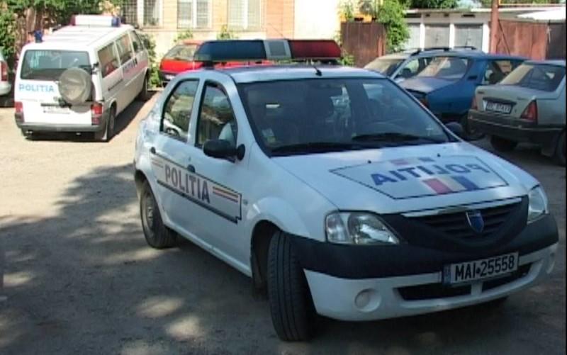 Aproape 300 de poliţişti băcăuani, în apropierea şcolilor la început de an şcolar