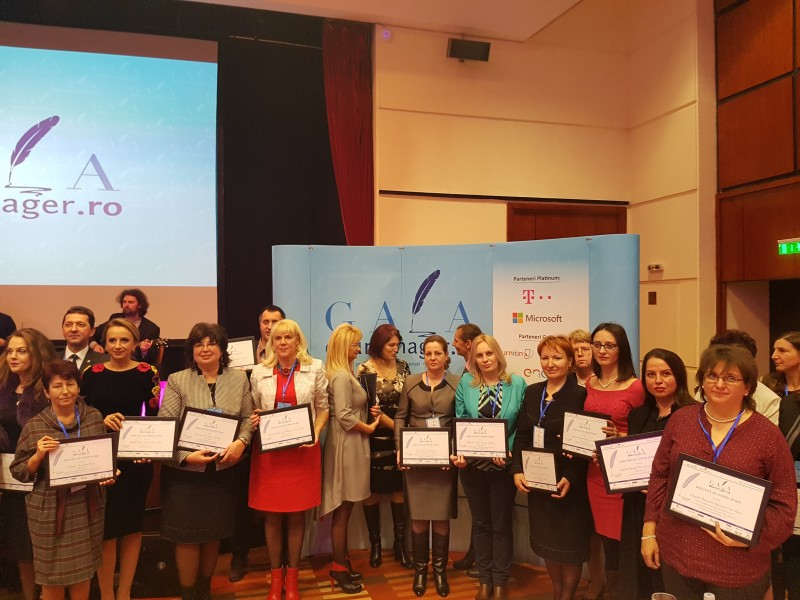 """Universitatea """"Vasile Alecsandri"""" din Bacău a fost premiată pentru Proiectul BLISS la Gala Edumanager"""