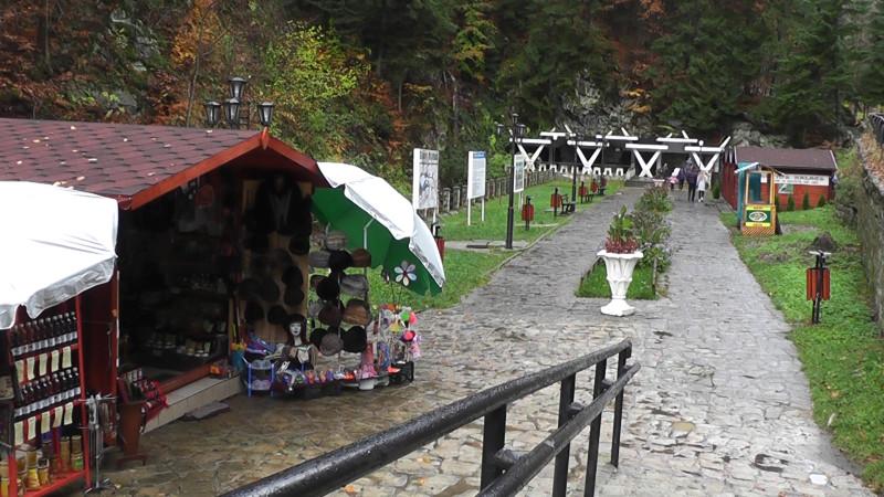 PRIMARUL GHEORGHE BACIU A OBȚINUT LICENȚA IZVOARELOR MINERALE DIN SLĂNIC MOLDOVA