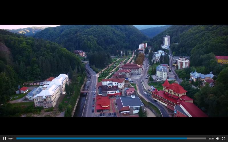 Primăria SLĂNIC MOLDOVA vă urează: LA MULȚI ANI!