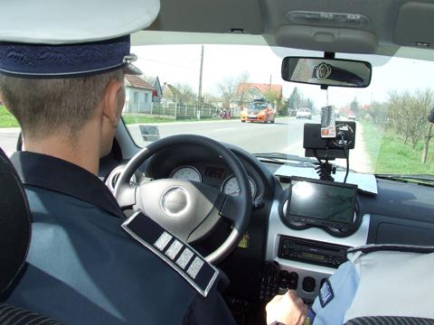 POLIȚIA VINE CU RECOMANDĂRI PE TIMP DE CANICULĂ
