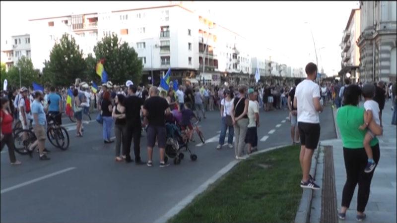 PROTESTE ÎN BACĂU